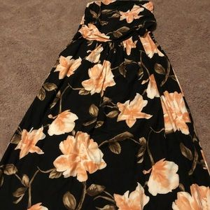 Ankle length floral strapless dress!